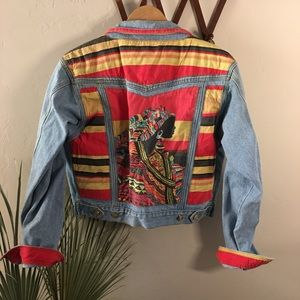 GET USED vintage art to wear denim jean jacket XL